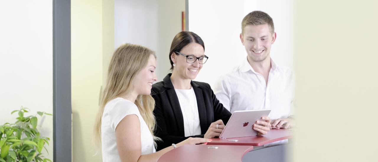 """""""Ecovis bietet Top-Karrierechancen"""" (Focus) und gehört laut FAZ zu Deutschlands begehrtesten Arbeitgebern"""