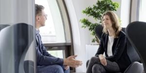 Krankheitsbedingte Kündigung und betriebliches Eingliederungsmanagement: Mitarbeiter dürfen Vertrauensperson in den Prozess einbinden